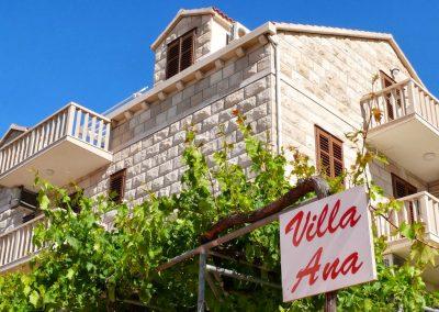 Villa Ana Bol - House